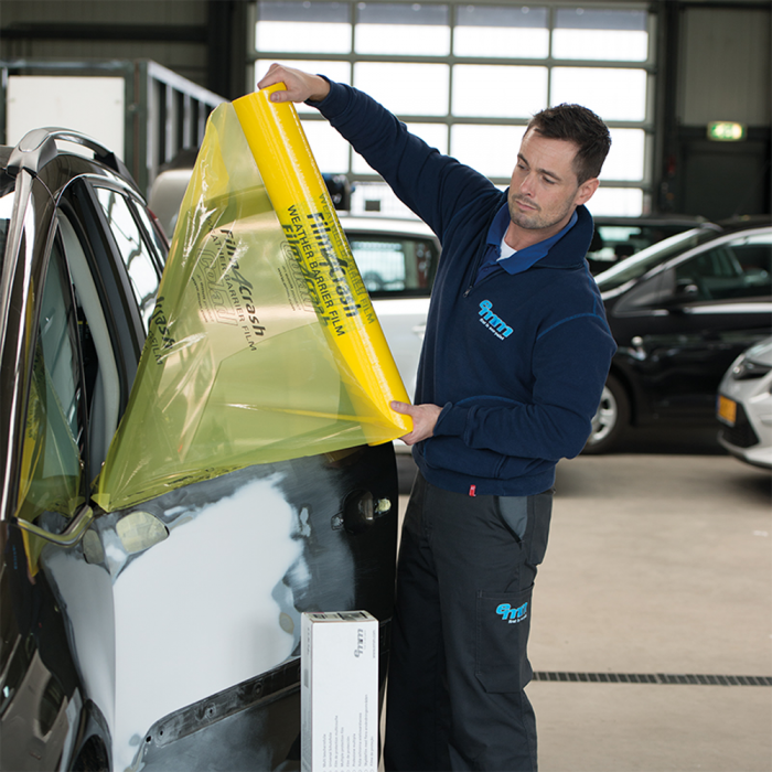 Folie adeziva rezistenta UV protectie auto accidentate